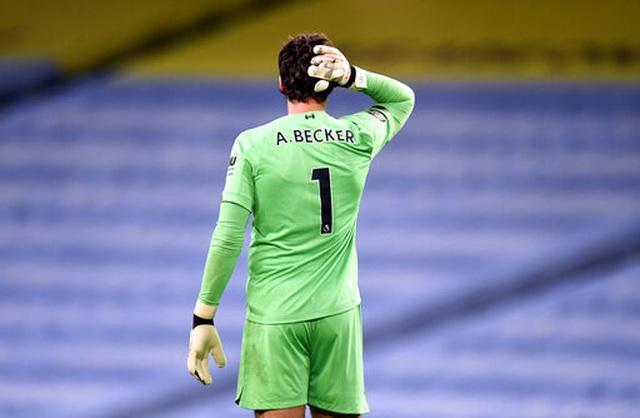 Những khoảnh khắc thất bại đắng chát của Liverpool trước Man City - 18
