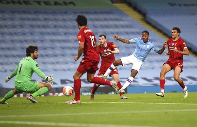 Những khoảnh khắc thất bại đắng chát của Liverpool trước Man City - 16