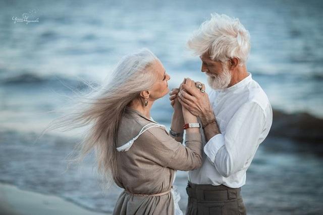 """Bí quyết để hôn nhân hạnh phúc là vợ """"mù"""" chồng """"điếc"""" - 3"""