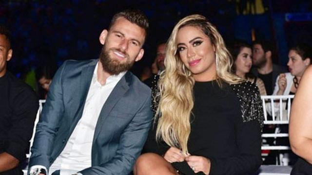 Em gái xinh đẹp của Neymar bất ngờ tái hợp tình cũ - 1