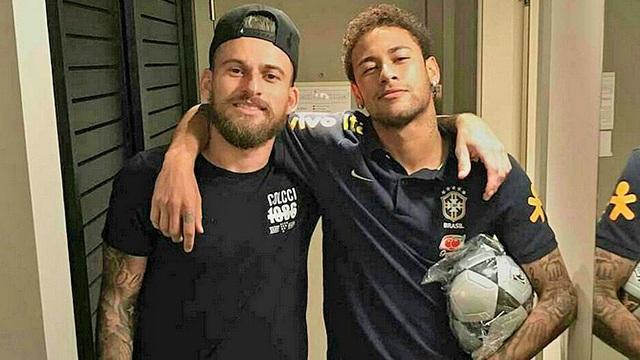 Em gái xinh đẹp của Neymar bất ngờ tái hợp tình cũ - 2