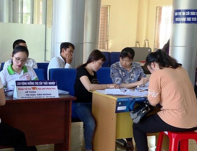 Lao động thất nghiệp gia tăng ở Ninh Bình - 5