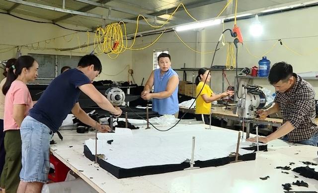 Lao động thất nghiệp gia tăng ở Ninh Bình - 4