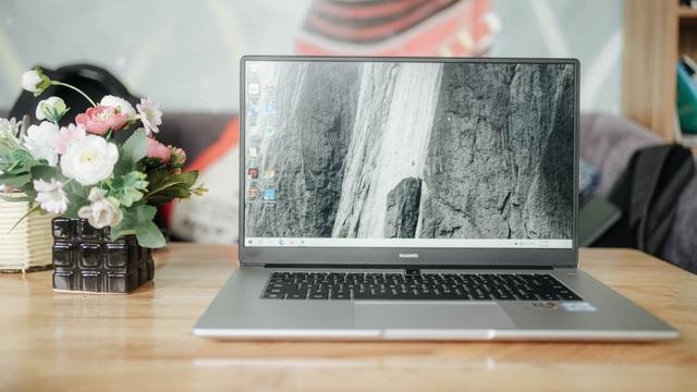 Trên tay Huawei MateBook D 15 - laptop đẹp và mạnh mẽ, giá 15,99 triệu đồng - 1