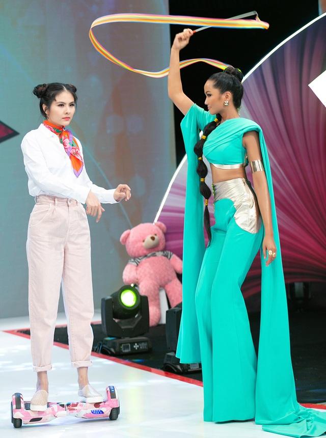H'Hen Niê múa lụa khi hóa thân thành công chúa Jasmine - 6