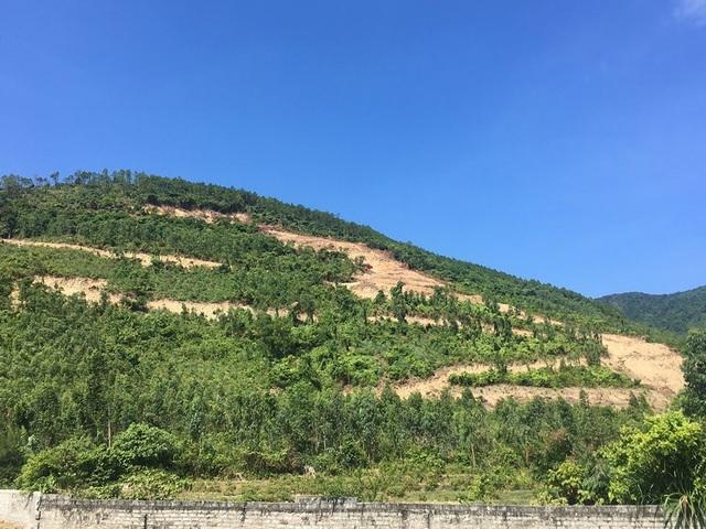 Hàng chục hộ dân thấp thỏm vì mỏ đá chuẩn bị vào khai thác tại Quảng Bình - 1
