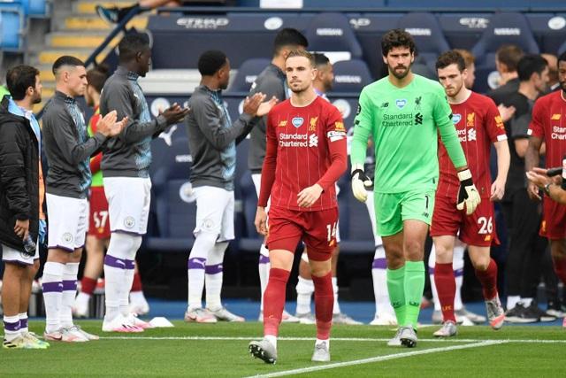 Những khoảnh khắc thất bại đắng chát của Liverpool trước Man City - 2
