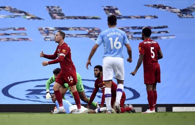Những khoảnh khắc thất bại đắng chát của Liverpool trước Man City - 7