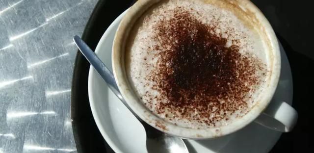 Người đàn ông tử vong sau khi dùng quá nhiều caffeine - 1