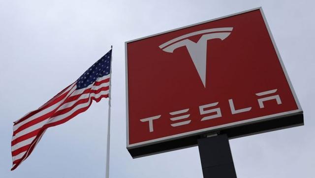 Tesla vượt Toyota, chính thức trở thành doanh nghiệp ô tô lớn nhất thế giới - 1