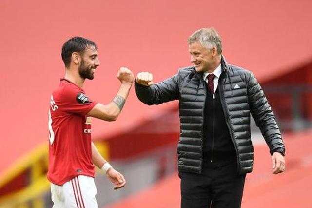 """Man Utd 5-2 Bournemouth: Hàng công """"Quỷ đỏ"""" thăng hoa rực rỡ - 2"""