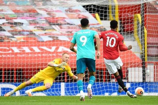"""Man Utd 5-2 Bournemouth: Hàng công """"Quỷ đỏ"""" thăng hoa rực rỡ - 10"""