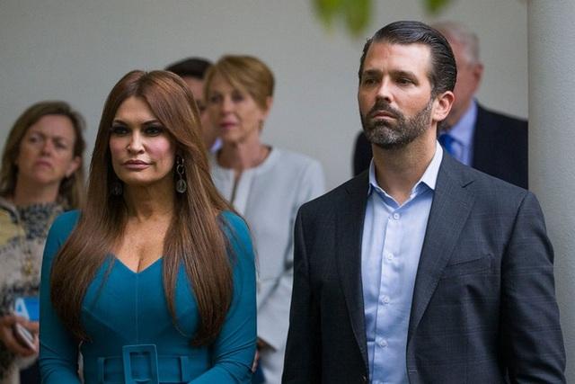 Bạn gái của con trai Tổng thống Trump dương tính với Covid-19 - 1