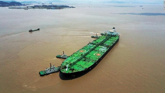 Bí ẩn kho dầu khổng lồ trên biển, thế giới dè chừng Trung Quốc - 1