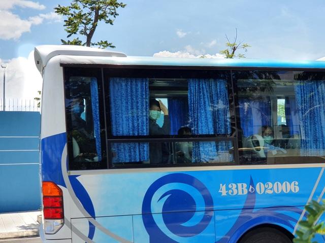 Đà Nẵng tiếp nhận, cách ly 13 chuyên gia đến từ Thái Lan - 2