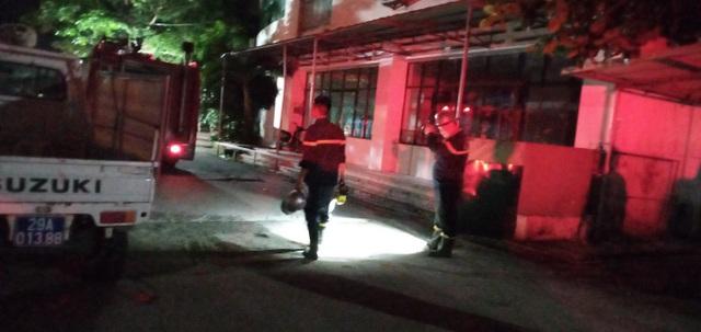 Hà Nội: Cháy chung cư lúc nửa đêm, chuông báo cháy kiên quyết không kêu - 4