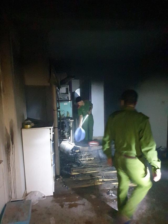 Hà Nội: Cháy chung cư lúc nửa đêm, chuông báo cháy kiên quyết không kêu - 5