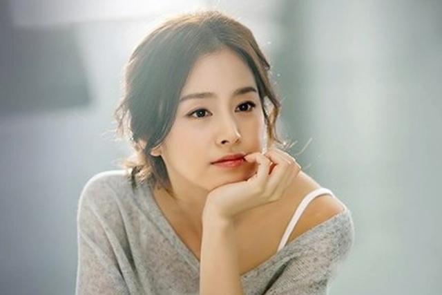 """""""Gái hai con"""" Kim Tae Hee """"đốn tim"""" cộng đồng mạng với nhan sắc ngọt ngào - 14"""
