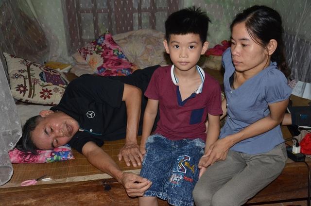 Hoàn cảnh éo le của cô gái lưng cong vẹo, chỉ ước một lần được về Hà Nội... - 7