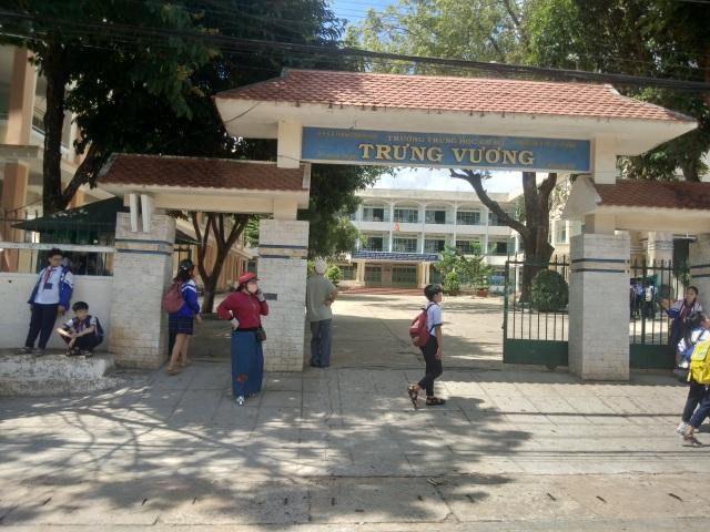 Lại nghi bị lộ đề thi học kỳ 2 môn Văn lớp 9 ở TP. Pleiku - 1