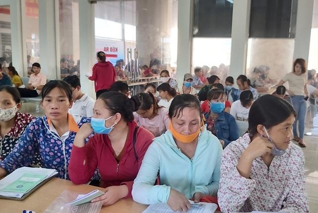 Thanh Hoá: Hơn 14.000 người lao động nộp hồ sơ hưởng trợ cấp thất nghiệp - 1