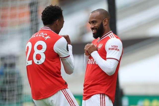 Wolves 0-2 Arsenal: Saka, Lacazette lập công cho đội khách - 4