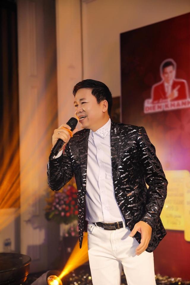 Ca sĩ Michael Lang hạnh phúc khoe quý tử - 5