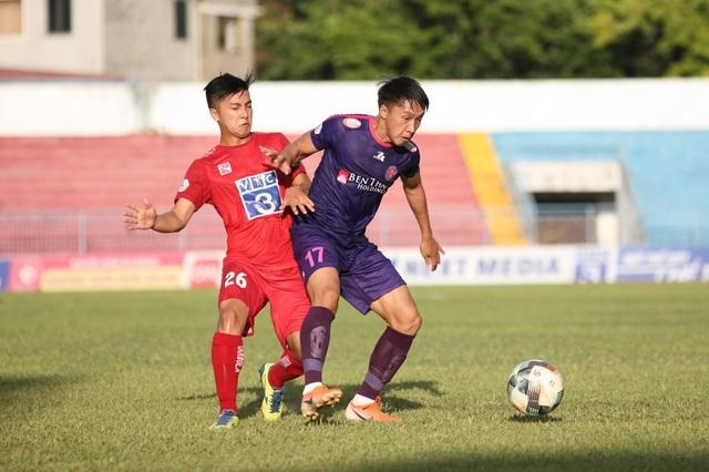Thắng dễ CLB Hải Phòng, Sài Gòn FC dẫn đầu V-League - 1