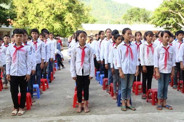 Điểm trường Dân Trí tặng học sinh được công nhận đạt chuẩn quốc gia - 3