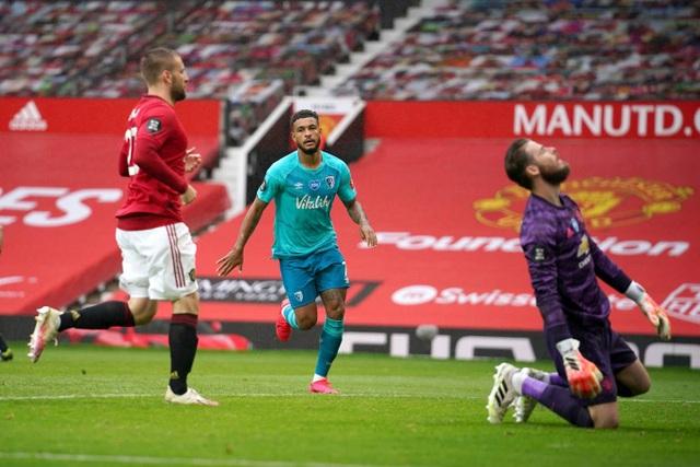 Những khoảnh khắc thăng hoa của hàng công Man Utd trước Bournemouth - 14