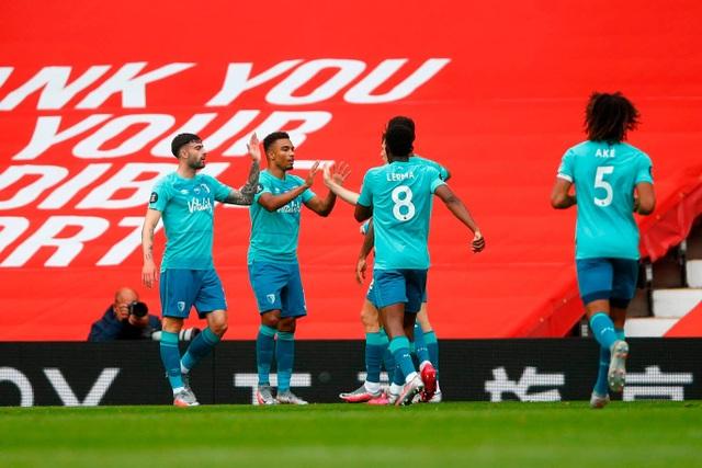 Những khoảnh khắc thăng hoa của hàng công Man Utd trước Bournemouth - 5