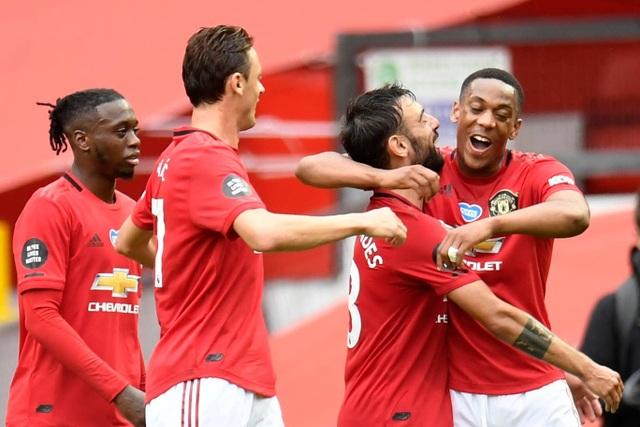 Những khoảnh khắc thăng hoa của hàng công Man Utd trước Bournemouth - 18