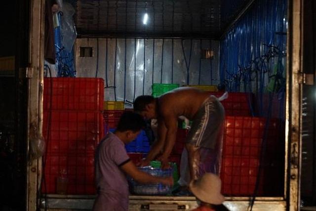 Vui buồn nghề cửu vạn ở chợ đêm Sài Gòn - 13
