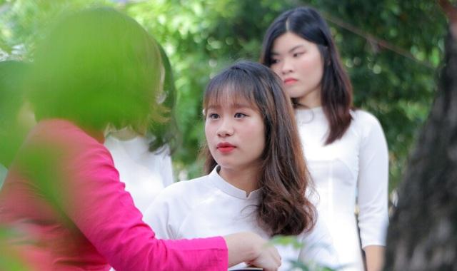 Vẻ đẹp tinh khôi của nữ sinh trường Chu Văn An trong ngày bế giảng - 13