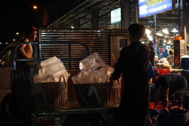 Vui buồn nghề cửu vạn ở chợ đêm Sài Gòn - 8