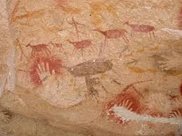 Hang động hàng nghìn năm tuổi với những dấu tích bàn tay kỳ bí - 5
