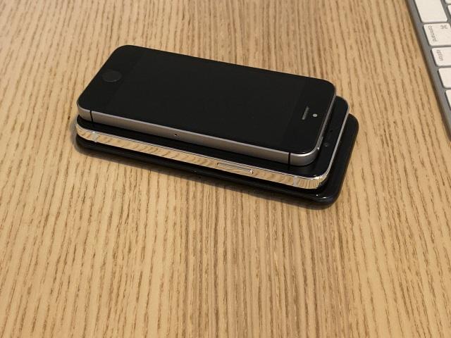 """Chùm ảnh iPhone 12 """"đọ dáng"""" cùng iPhone SE và iPhone 7 - 7"""