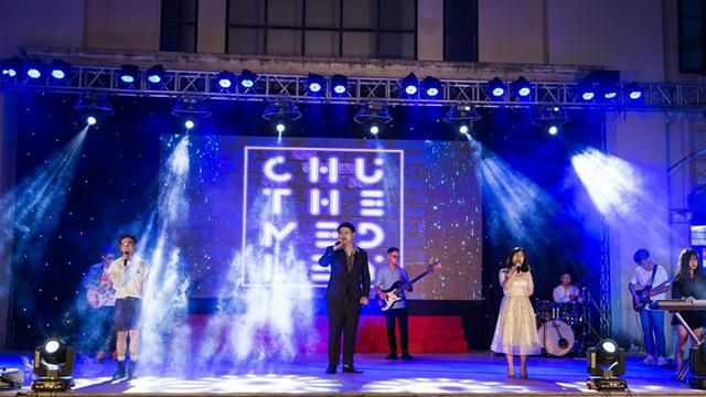 Lễ tri ân đầy sắc màu của học sinh khối 12 THPT Chu Văn An - 5