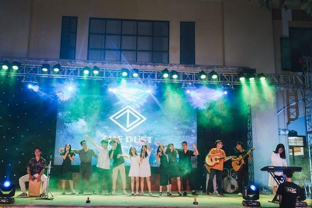 Lễ tri ân đầy sắc màu của học sinh khối 12 THPT Chu Văn An - 6