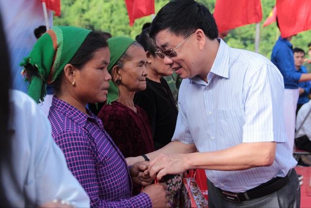 Tỉnh đoàn Nghệ An ra quân tình nguyện ở biên giới Việt - Lào - 10