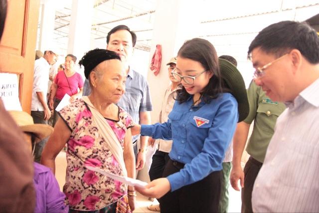 Tỉnh đoàn Nghệ An ra quân tình nguyện ở biên giới Việt - Lào - 11