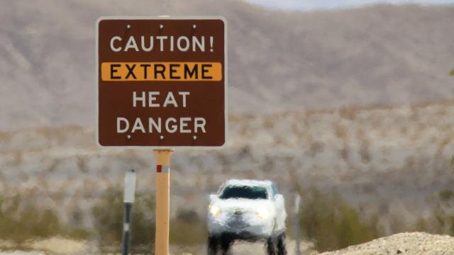 Bí ẩn tảng đá biết đi ở thung lũng Chết, nơi khắc nghiệt nhất trái đất  - 1