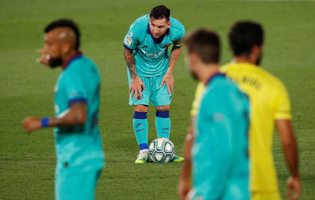 Ngả mũ trước sự đóng góp của Messi cho Barcelona - 1