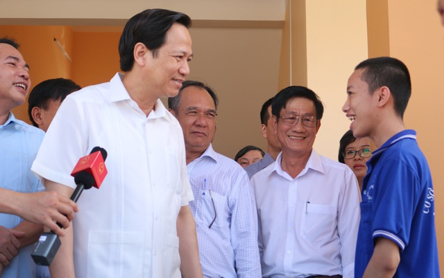 Bộ trưởng Đào Ngọc Dung: Không cứng nhắc khi duyệt hồ sơ liệt sĩ tồn đọng - 1