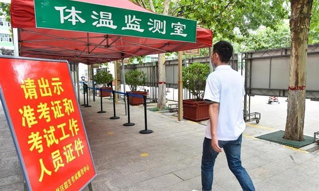 Trung Quốc: Siết chặt biện pháp phòng dịch cho kỳ thi đại học quốc gia - 4
