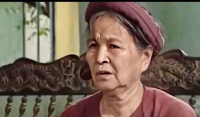 """Vì sao NSƯT Minh Vượng lại gọi NSƯT Hoàng Yến là """"Đại tỉ""""? - 1"""