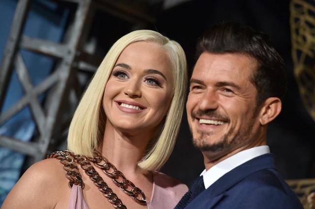 Katy Perry tăng cân rõ rệt tháng cuối thai kỳ - 7