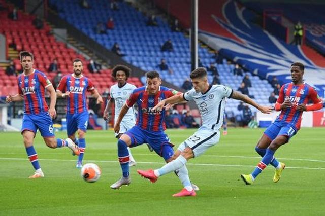 Crystal Palace 2-3 Chelsea: The Blues có vị trí thứ 3 - 7