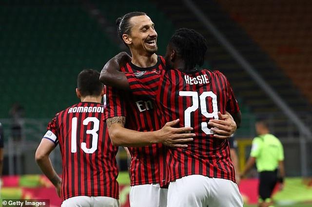 C.Ronaldo lập công, Juventus vẫn bị AC Milan ngược dòng không tưởng - 2