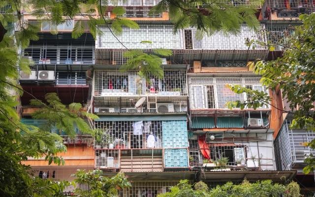 Cải tạo chung cư cũ: Coi chừng đất vàng bị đánh cắp - 1